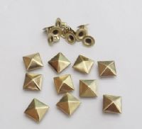 Gilt Pyramid Rivets ~ x 10